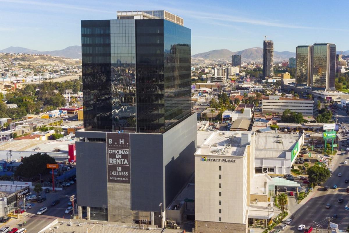 Business Hub,Local comercial en renta,1021